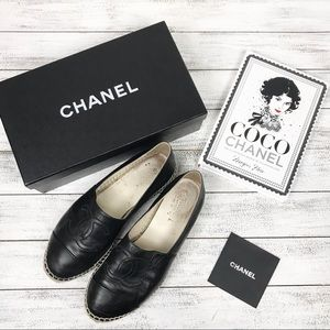 CHANEL espadrilles & book